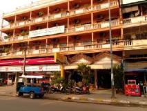Khamkhoun Hotel: exterior