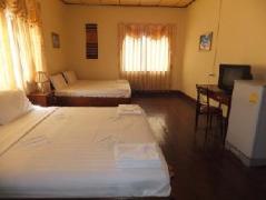 Phakchai Hotel | Laos Budget Hotels