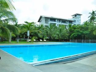 /lagoon-paradise-beach-resort/hotel/tangalle-lk.html?asq=jGXBHFvRg5Z51Emf%2fbXG4w%3d%3d