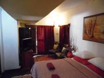 Pack Luck Villa: guest room
