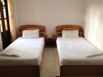 Vangphaikham Hotel: guest room