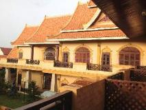 Vangphaikham Hotel: