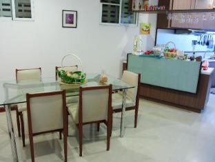 Baan Manusarn Bangkok - Kitchen