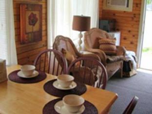 Bay Leaf Cottages & Bistro Lincolnville (ME) - Inne i hotellet
