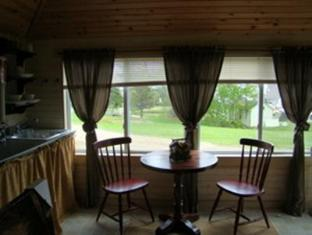 Bay Leaf Cottages & Bistro Lincolnville (ME) - notranjost hotela