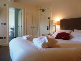 Royal Overseas League Hotel