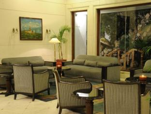 Grand Hotel - Kathmandu Kathmandu - Jharna Tea Lounge