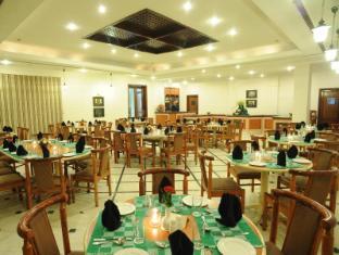 Grand Hotel - Kathmandu Kathmandu - Rendezvous Coffee Shop