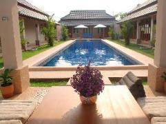 Lanna Thai Villa Home Stay | Thailand Budget Hotels