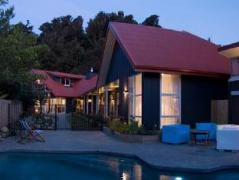Ratanui Lodge | New Zealand Budget Hotels