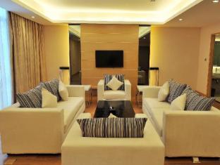 Dara Airport Hotel Phnom Penh - Living Room Executive Suite
