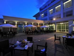 Dara Airport Hotel Phnom Penh - Sky Deck