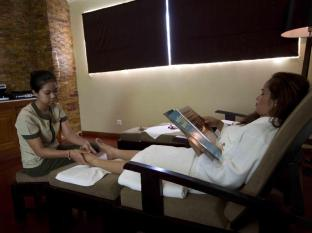 Dara Airport Hotel Phnom Penh - Foot Massage