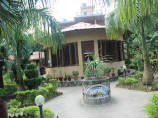 /eden-jungle-resort/hotel/chitwan-np.html?asq=5VS4rPxIcpCoBEKGzfKvtIGg5XkW84ajqwzdyn2lE7WonxreC2zombmcwObpXlW3O4X7LM%2fhMJowx7ZPqPly3A%3d%3d