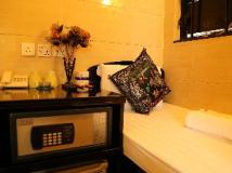 New Tokyo Hostel: guest room