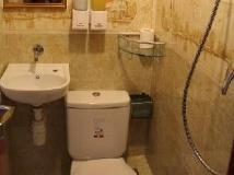 New Tokyo Hostel: bathroom
