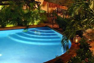 /fi-fi/la-pasion-hotel-boutique-by-bunik/hotel/playa-del-carmen-mx.html?asq=vrkGgIUsL%2bbahMd1T3QaFc8vtOD6pz9C2Mlrix6aGww%3d