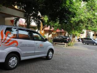 BJ Perdana Hotel Pasuruan - Exterior