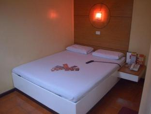 Hotel Sogo Aurora Blvd - Cubao Manila - Guest Room