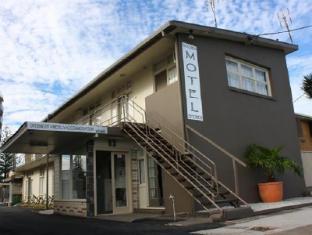 Golden Shores Motel Gold Coast - Exterior