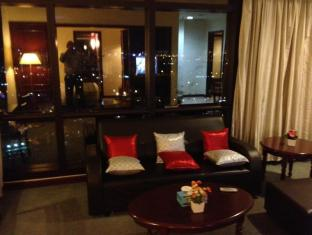 Service Suite at Times Square Kuala Lumpur - Executive Lounge