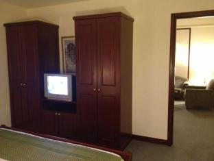 Service Suite at Times Square Kuala Lumpur - Suite Room