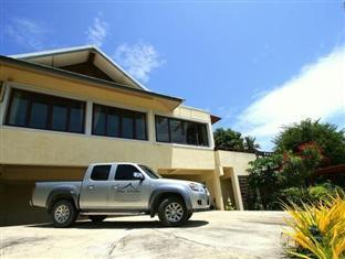The Villa Hacienda9