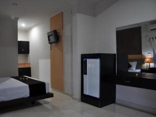 Kamala Bed & Breakfast Jimbaran Bali - Fridge Available