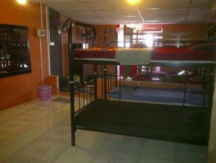 Mr D's Bed & Breakfast Kuching - Interior