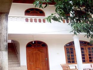 /lv-lv/welcome-family-guest-house/hotel/bentota-lk.html?asq=5VS4rPxIcpCoBEKGzfKvtE3U12NCtIguGg1udxEzJ7nKoSXSzqDre7DZrlmrznfMA1S2ZMphj6F1PaYRbYph8ZwRwxc6mmrXcYNM8lsQlbU%3d