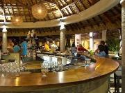 Wahoo Beach Bar & Grill