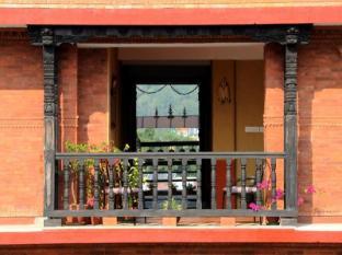 /pl-pl/sampada-inn/hotel/pokhara-np.html?asq=yNgQPA3bPHj0vDceHCVqknbvCD7oS49%2fRVne3hCPhvhI8t2eRSYbBAD43KHE%2bQbPzy%2b04PqnP0LYyWuLHpobDA%3d%3d