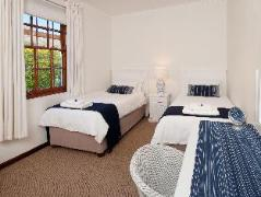 La Galiniere Guest Cottages | Cheap Hotels in Franschhoek South Africa