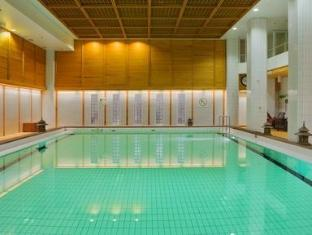 Crowne Plaza Helsinki Hotel Helsinki - Swimming Pool