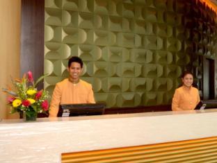 KSL Hotel & Resort Johor Bahru - Kaunter Tetamu