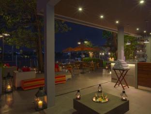리바수리야 방콕 호텔 방콕 - 호텔 외부구조