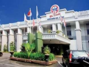 Pardede International Hotel Medan - Hotellet udefra