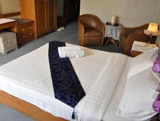 Trocadero Hotel Bangkok Bangkok - Guest Room