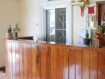 Phetmongkhoun Guest House: reception