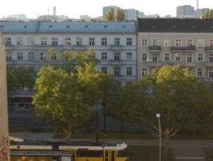 Goldmarie Hostel Berlín - Voltants