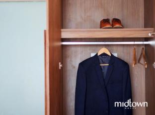 Midtown Hotel Surabaya - Cupboard