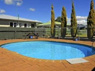 McLean Park Garden Motel
