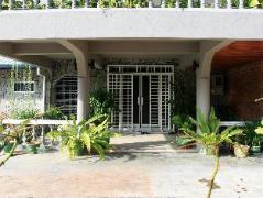 Morning Glory Guest House | Malaysia Hotel Discount Rates