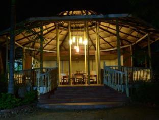 Aung Mingalar Hotel Bagan - Restaurant