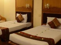 Aung Mingalar Hotel: guest room
