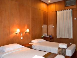 Aung Mingalar Hotel Bagan - Superior Twin (Pagoda View)