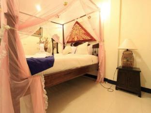 Chalong Sea View Resort Phuket - Deluxe lanna Style