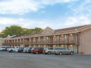 Knights Inn South Hackensack Motel