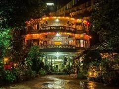 The Silver Oaks Inn   Nepal Budget Hotels