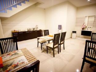 H.O.M.E Guest House Surabaya - Buffet